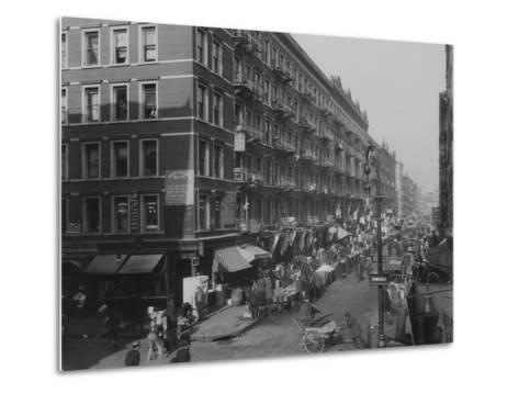 Rivington Street on New York City's Lower East Side Jewish Neighborhood in 1909--Metal Print