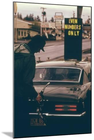 Oregon Used Odd and Even License Plate Numbers to Ration Gas in 1970s--Mounted Photo