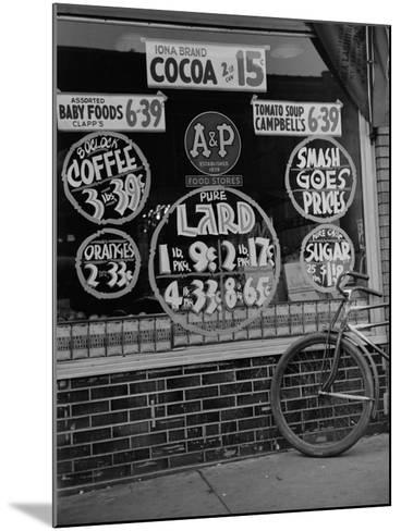 A&P Chain Food Market Advertises its 1939 Food Prices--Mounted Photo