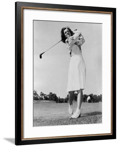 Mildred \'Babe\' Didrikson Zaharias Swinging Golf Club in 1947 Photo ...