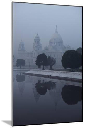Victoria Memorial Is Enveloped in Ground Fog On a Cold Winter Morning in Calcutt-Steve Raymer-Mounted Photographic Print