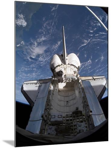 Space Shuttle Discovery-Stocktrek Images-Mounted Photographic Print