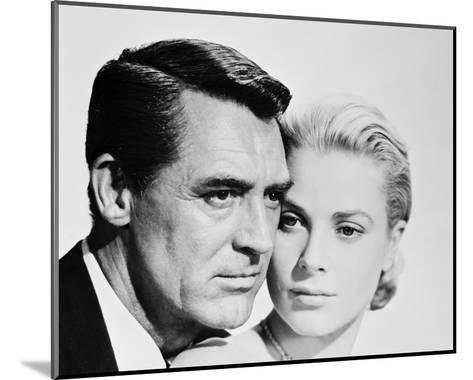 Cary Grant & Grace Kelly--Mounted Photo