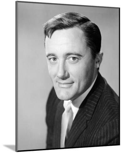 Robert Vaughn - The Man from U.N.C.L.E.--Mounted Photo