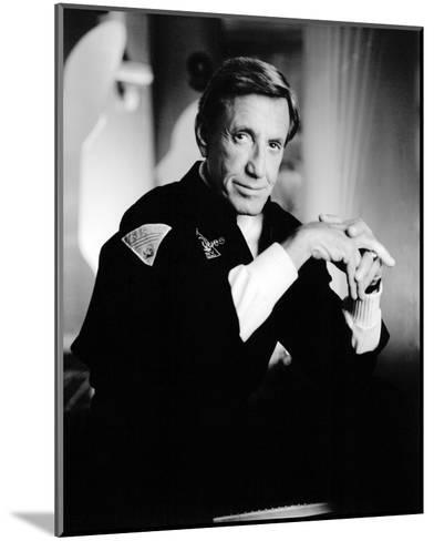 Roy Scheider - SeaQuest DSV--Mounted Photo