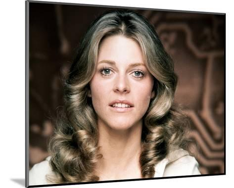 Lindsay Wagner - The Bionic Woman--Mounted Photo