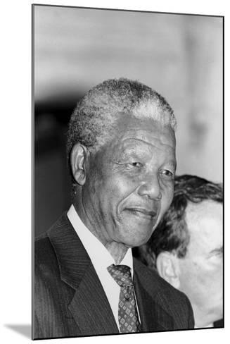 Nelson Mandela-Vandell Cobb-Mounted Photographic Print