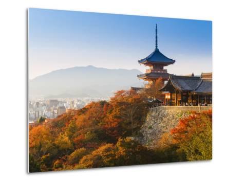 Japan, Honshu, Kansai Region, Kiyomizu-Dera-Gavin Hellier-Metal Print