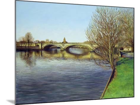 Kew Bridge, 1993-Isabel Hutchison-Mounted Giclee Print