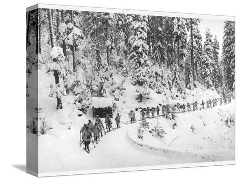Mountain Infantrymen in the Vosges, 1918-Jacques Moreau-Stretched Canvas Print