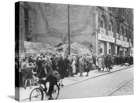 East Berliners Queueing in Front of a Currency Exchange Point in Invalidenstrasse, Berlin-Mitte,…-German photographer-Stretched Canvas Print