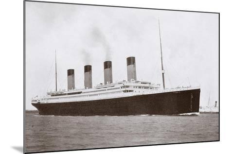 RMS Titanic of the White Star Line-English Photographer-Mounted Giclee Print