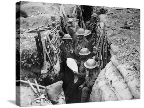 Reading a Newspaper in the Trenches, 1916-17-English Photographer-Stretched Canvas Print