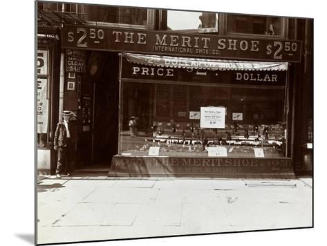 A Storefront of the International Shoe Co., New York, 1905-Byron Company-Mounted Giclee Print