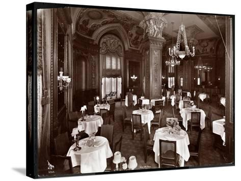 The Ladies' Cafe at the Hotel McAlpin, 1913-Byron Company-Stretched Canvas Print