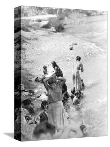 Washing at the River Near Tehuantepec, Mexico, 1929-Tina Modotti-Stretched Canvas Print