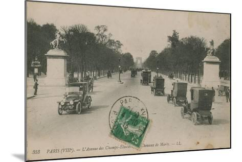 Paris - Avenue des Champs-Elysees. Postcard Sent in 1913-French Photographer-Mounted Giclee Print