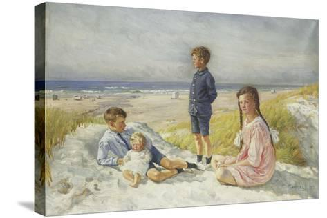 Erik, Else, Ove and Birthe Schultz on a Beach, 1919-Gabriel Oluf Jensen-Stretched Canvas Print