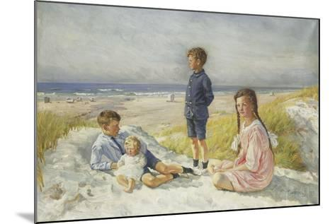 Erik, Else, Ove and Birthe Schultz on a Beach, 1919-Gabriel Oluf Jensen-Mounted Giclee Print