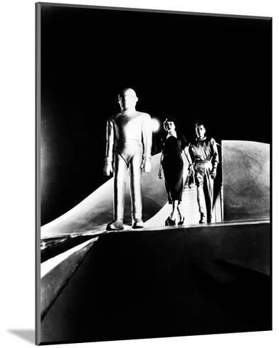The Day the Earth Stood Still--Mounted Photo