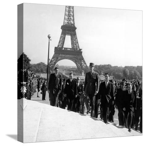 Le General Charles De Gaulle--Stretched Canvas Print