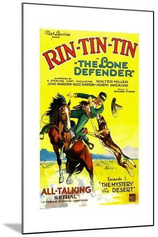 THE LONE DEFENDER, right: Rin-Tin-Tin in 'Chapter 1: The Mystery of the Desert', 1930--Mounted Art Print