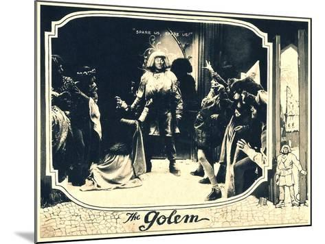 THE GOLEM (aka DER GOLEM, WIE ER IN DIE WELT KAM), center: Paul Wegener, 1920.--Mounted Art Print