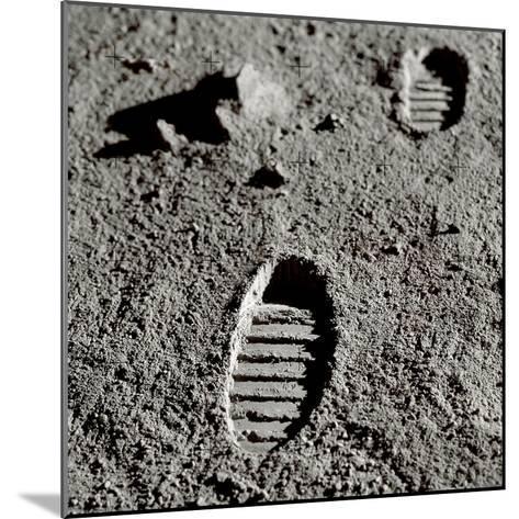 Astronaut Footprints on the Moon-Detlev Van Ravenswaay-Mounted Giclee Print