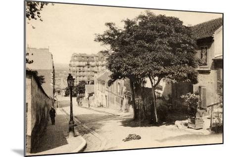 The Lapin Agile, Butte Montmartre, Rue Des Saules, Paris, C.1900--Mounted Photographic Print