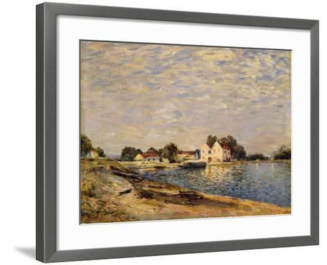 Saint-Mammes, on the Banks of the Loing; Saint-Mammes, Les Bord Du Loing, 1884-Alfred Sisley-Framed Art Print