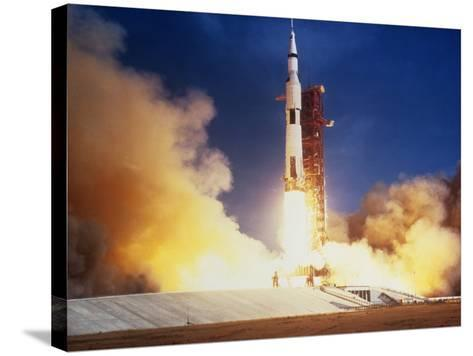 Launch of Apollo 11 Spacecraft En Route To Moon--Stretched Canvas Print