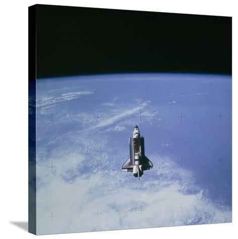 Space Shuttle Challenger STS-7 Orbiting Earth.--Stretched Canvas Print