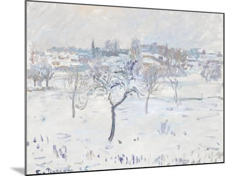 Snowy Landscape at Eragny with an Apple Tree, 1895-Camille Pissarro-Mounted Giclee Print