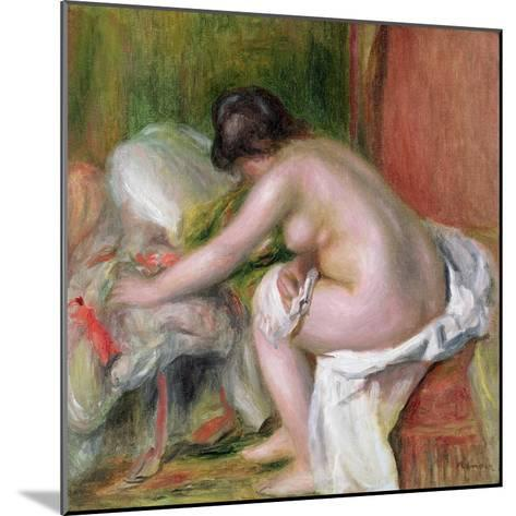 Seated Bather, 1898-Pierre-Auguste Renoir-Mounted Giclee Print