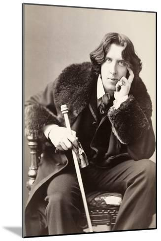 Oscar Wilde-Napoleon Sarony-Mounted Photographic Print