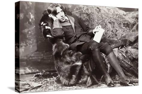 Oscar Wilde-Napoleon Sarony-Stretched Canvas Print