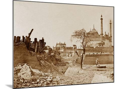 The Battery Near the Begum Kotee, Lucknow-Felice Beato-Mounted Photographic Print