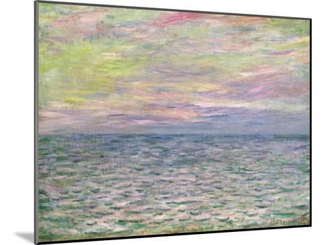 On the High Seas, Sunset at Pourville; Coucher De Soleil a Pourville, Pleine Mer, 1882-Claude Monet-Mounted Giclee Print