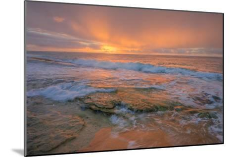 Kauai Daybreak-Vincent James-Mounted Photographic Print