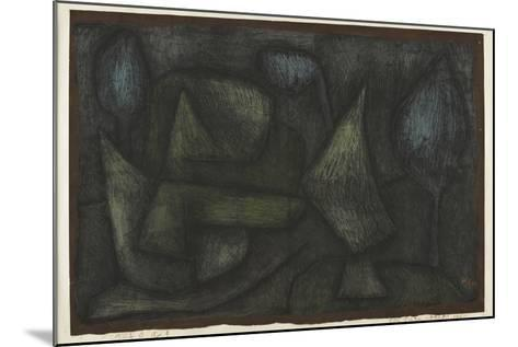 A Park Late in the Evening (Ein Park Abends Sp?t)-Paul Klee-Mounted Giclee Print