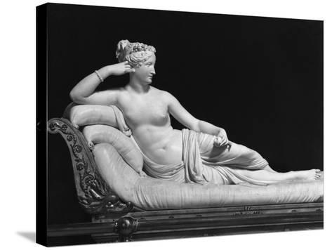 Pauline Bonaparte, Princess Borghese as Venus Triumphant, c.1805-08-Antonio Canova-Stretched Canvas Print