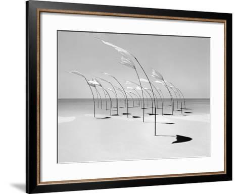 Windblumen 2-Jaschi Klein-Framed Art Print