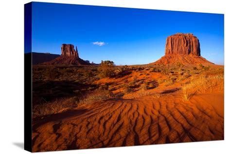 Monument Valley West Mitten And Merrick Butte Desert Sand Dunes Utah-holbox-Stretched Canvas Print