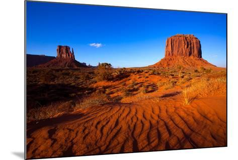Monument Valley West Mitten And Merrick Butte Desert Sand Dunes Utah-holbox-Mounted Art Print
