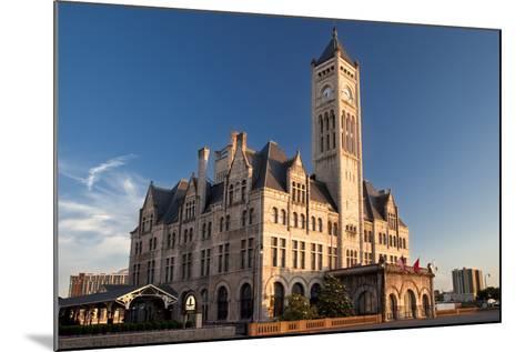 Union Station Hotel, Nashville, Tennessee, USA-Brian Jannsen-Mounted Photographic Print