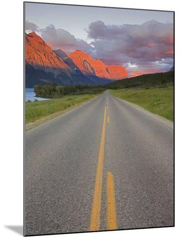 Going-To-The-Sun Road, Glacier National Park, Montana, USA-Charles Gurche-Mounted Photographic Print