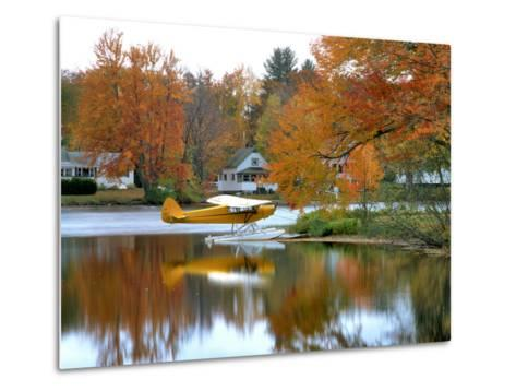Float Plane Reflects on Highland Lake, New England, New Hampshire, USA-Jaynes Gallery-Metal Print