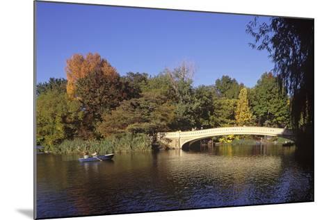 The Lake, Central Park, Manhattan, New York, USA-Peter Bennett-Mounted Photographic Print
