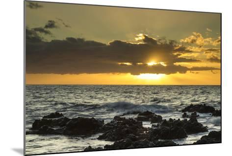 Scenic of Ocean Sunset, Kihe, Maui, Hawaii, USA-Jaynes Gallery-Mounted Photographic Print