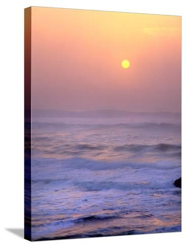 Sun Setting over the Pacific Ocean, Oregon, USA-Jaynes Gallery-Stretched Canvas Print